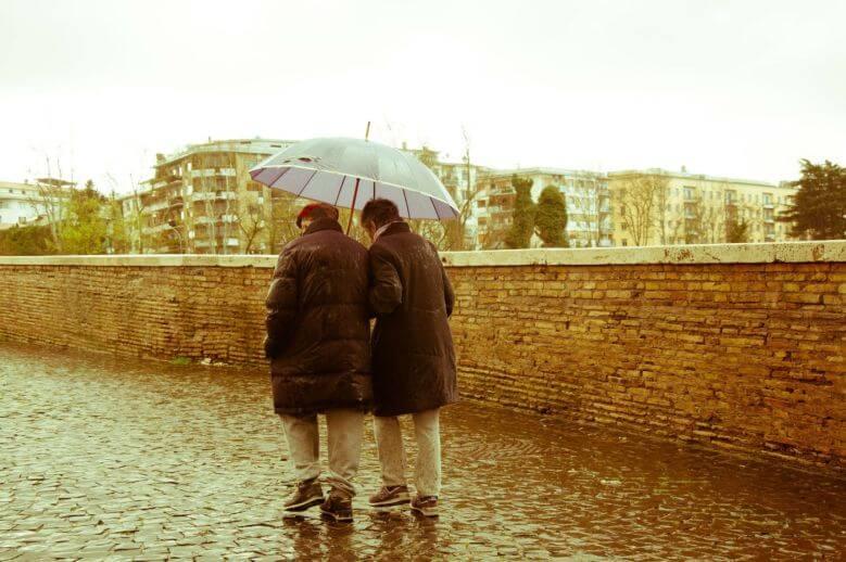 older-couple-walking-relationship-advice-780x518